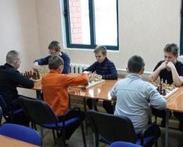 Новогодний турнир по быстрым шахматам